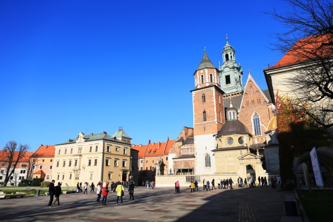 ../../Connect/Poland/คราเคา%20Krakow/Wawel%20Cathedral%20&%20Castle/CT1_3657.JPG