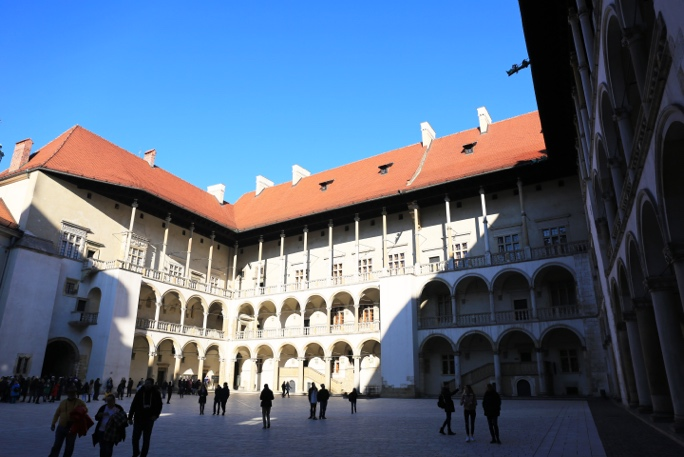 ../../Connect/Poland/คราเคา%20Krakow/Wawel%20Cathedral%20&%20Castle/CT1_3699.JPG